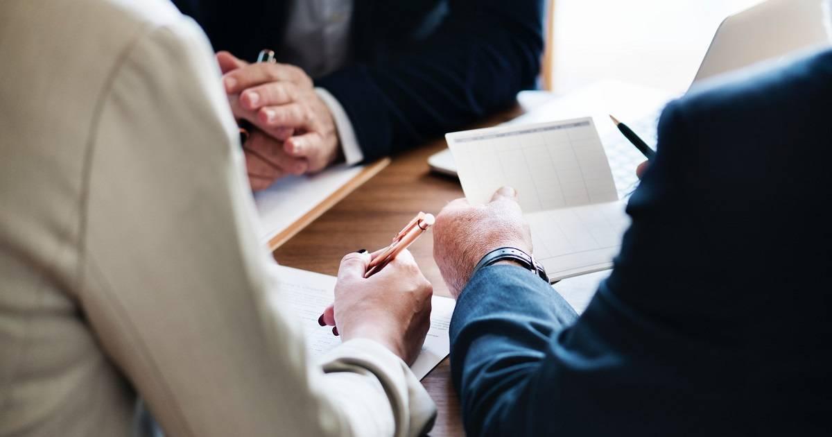 Vertaislainaa eli vertaisrahoitusta yrityksille haetaan monesti perinteisen pankkilainan täydentäjäksi.